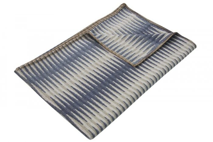 Accent Throw Graphic Pattern in Gray Tones