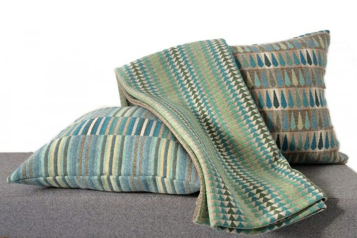 Cozy Throw in Bright and Happy Turquoise with cushions