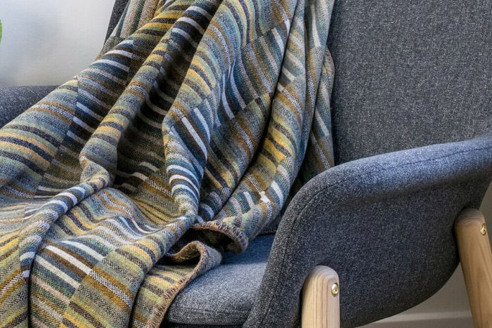 Wool_Blanket_Soft_Geens_Golden_Ochre_Chair_CU